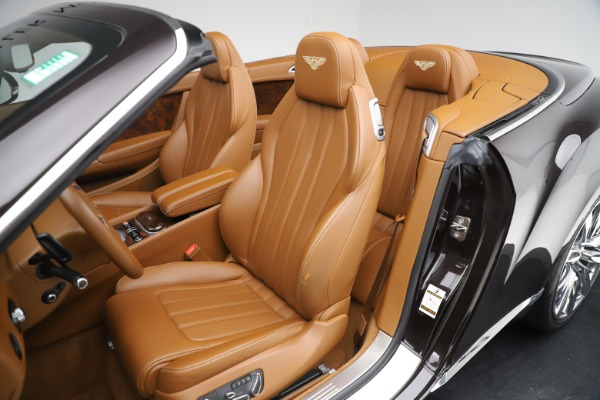 Used 2013 Bentley Continental GT W12 for sale Sold at Aston Martin of Greenwich in Greenwich CT 06830 25