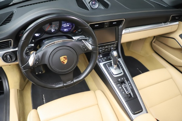 Used 2016 Porsche 911 Targa 4S for sale Sold at Aston Martin of Greenwich in Greenwich CT 06830 17