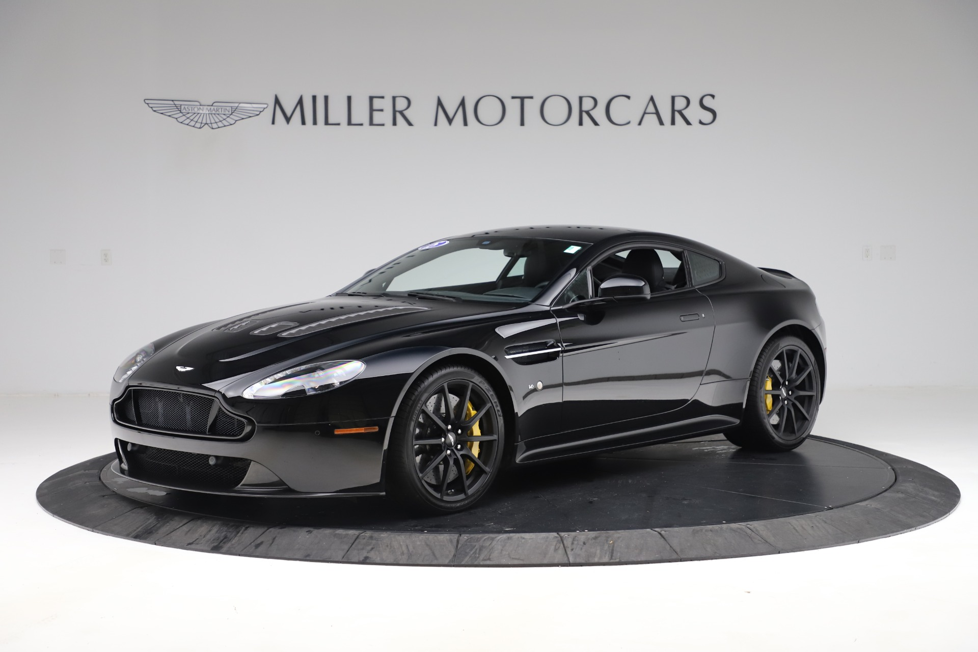 Used 2015 Aston Martin V12 Vantage S Coupe for sale $99,900 at Aston Martin of Greenwich in Greenwich CT 06830 1