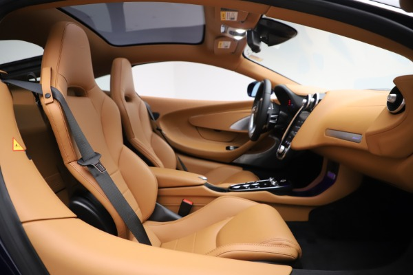 New 2020 McLaren GT Luxe for sale Sold at Aston Martin of Greenwich in Greenwich CT 06830 17