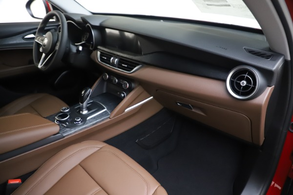 New 2019 Alfa Romeo Stelvio Q4 for sale Sold at Aston Martin of Greenwich in Greenwich CT 06830 22