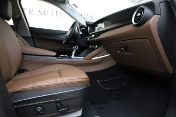 New 2019 Alfa Romeo Stelvio Q4 for sale Sold at Aston Martin of Greenwich in Greenwich CT 06830 23