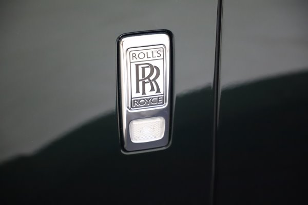 New 2020 Rolls-Royce Cullinan for sale $348,975 at Aston Martin of Greenwich in Greenwich CT 06830 27