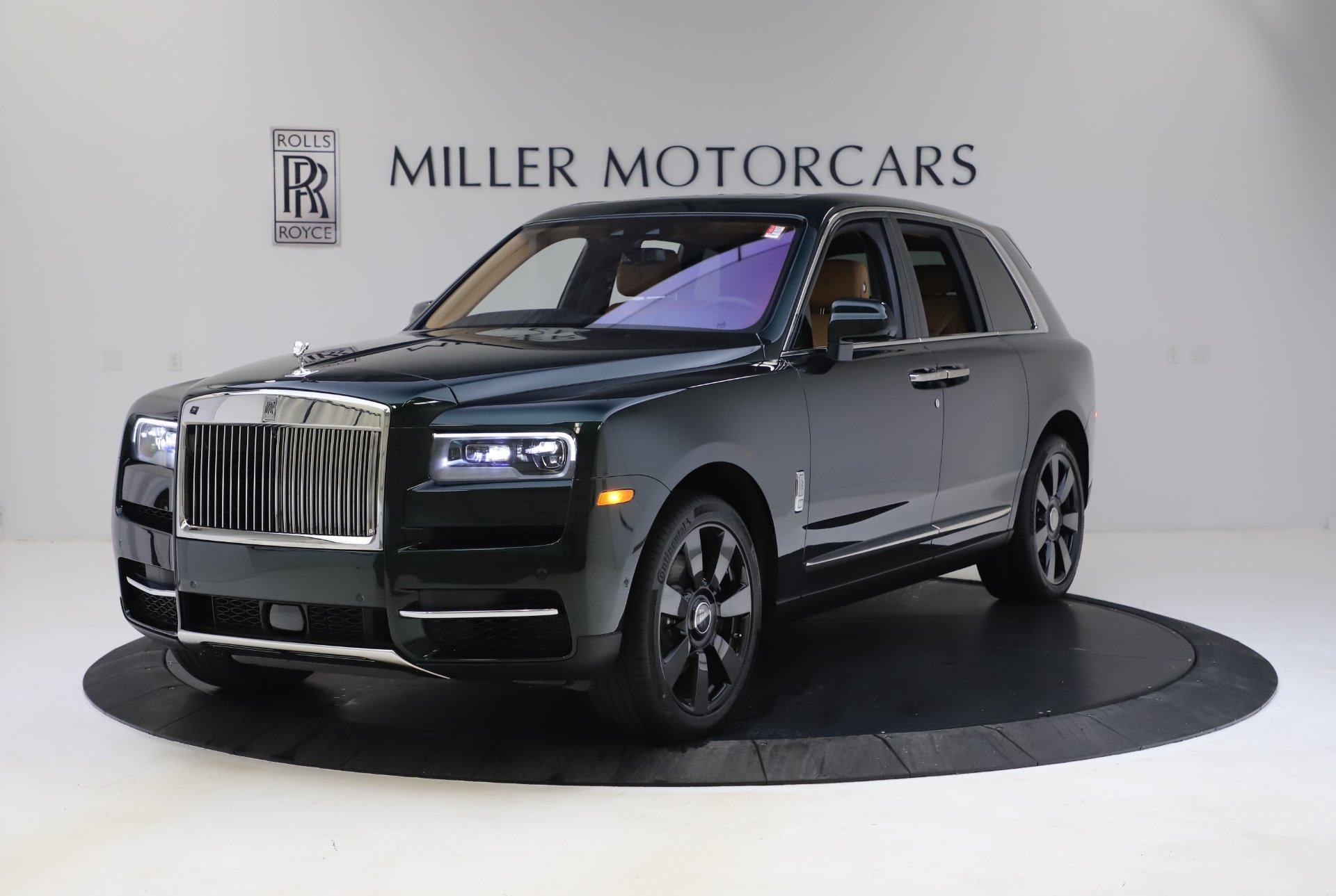 New 2020 Rolls-Royce Cullinan for sale $348,975 at Aston Martin of Greenwich in Greenwich CT 06830 1