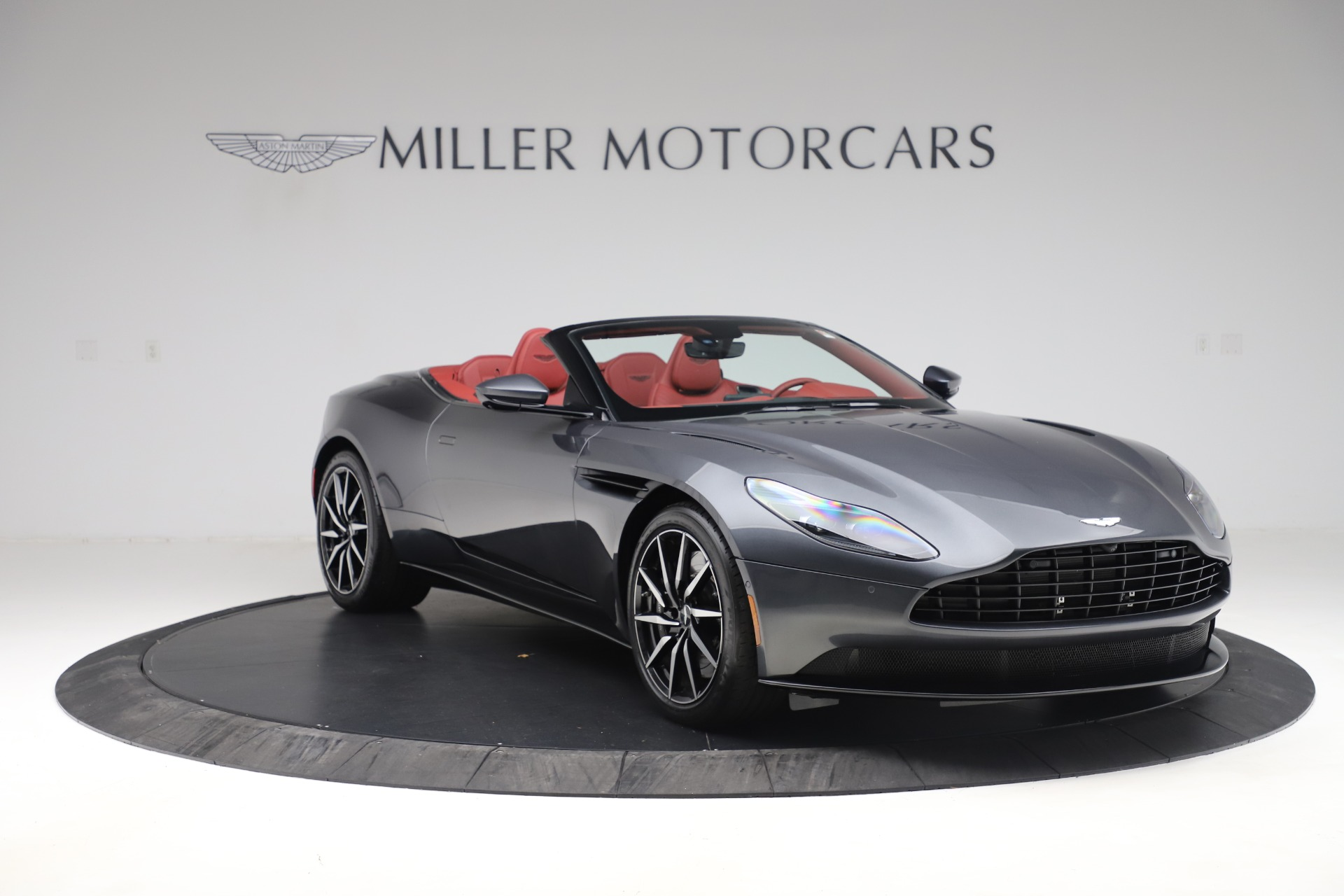 Pre Owned 2020 Aston Martin Db11 Volante Convertible For Sale Special Pricing Aston Martin Of Greenwich Stock A1424b