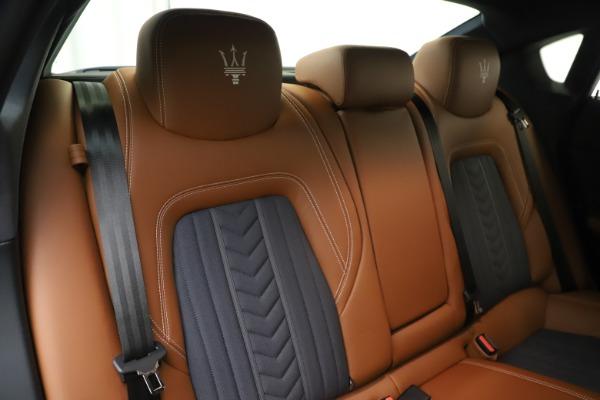 Used 2017 Maserati Quattroporte S Q4 GranLusso for sale Sold at Aston Martin of Greenwich in Greenwich CT 06830 26