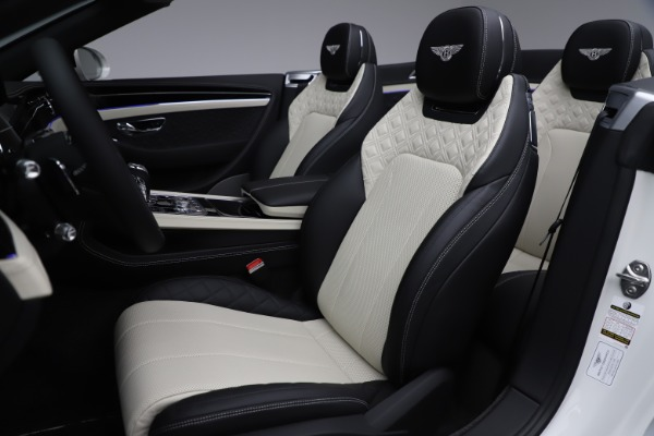 Used 2020 Bentley Continental GTC V8 for sale $277,915 at Aston Martin of Greenwich in Greenwich CT 06830 28