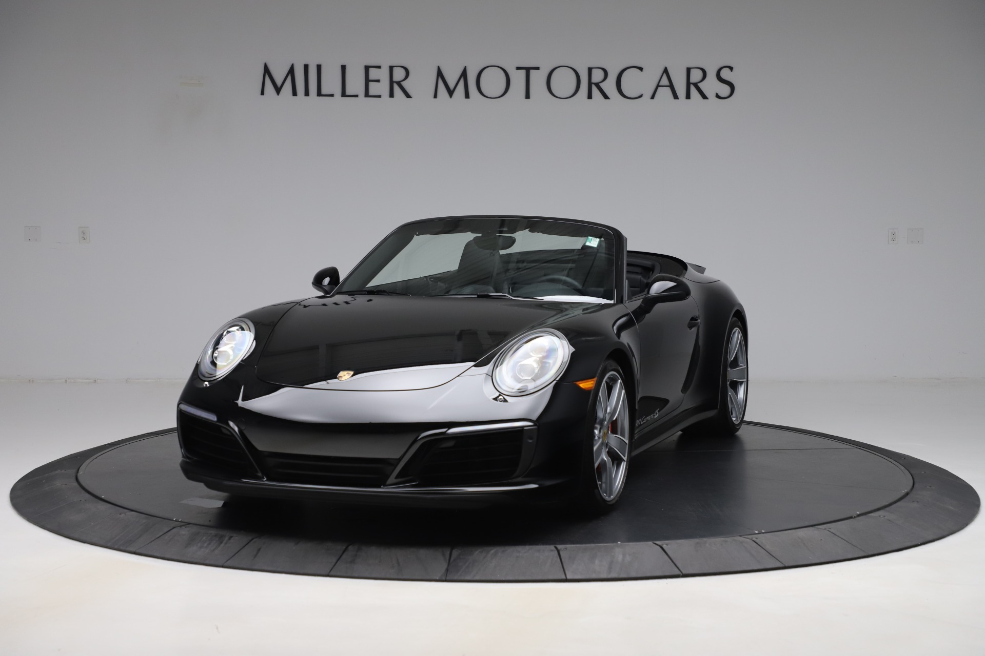 Used 2017 Porsche 911 Carrera 4S for sale $109,900 at Aston Martin of Greenwich in Greenwich CT 06830 1