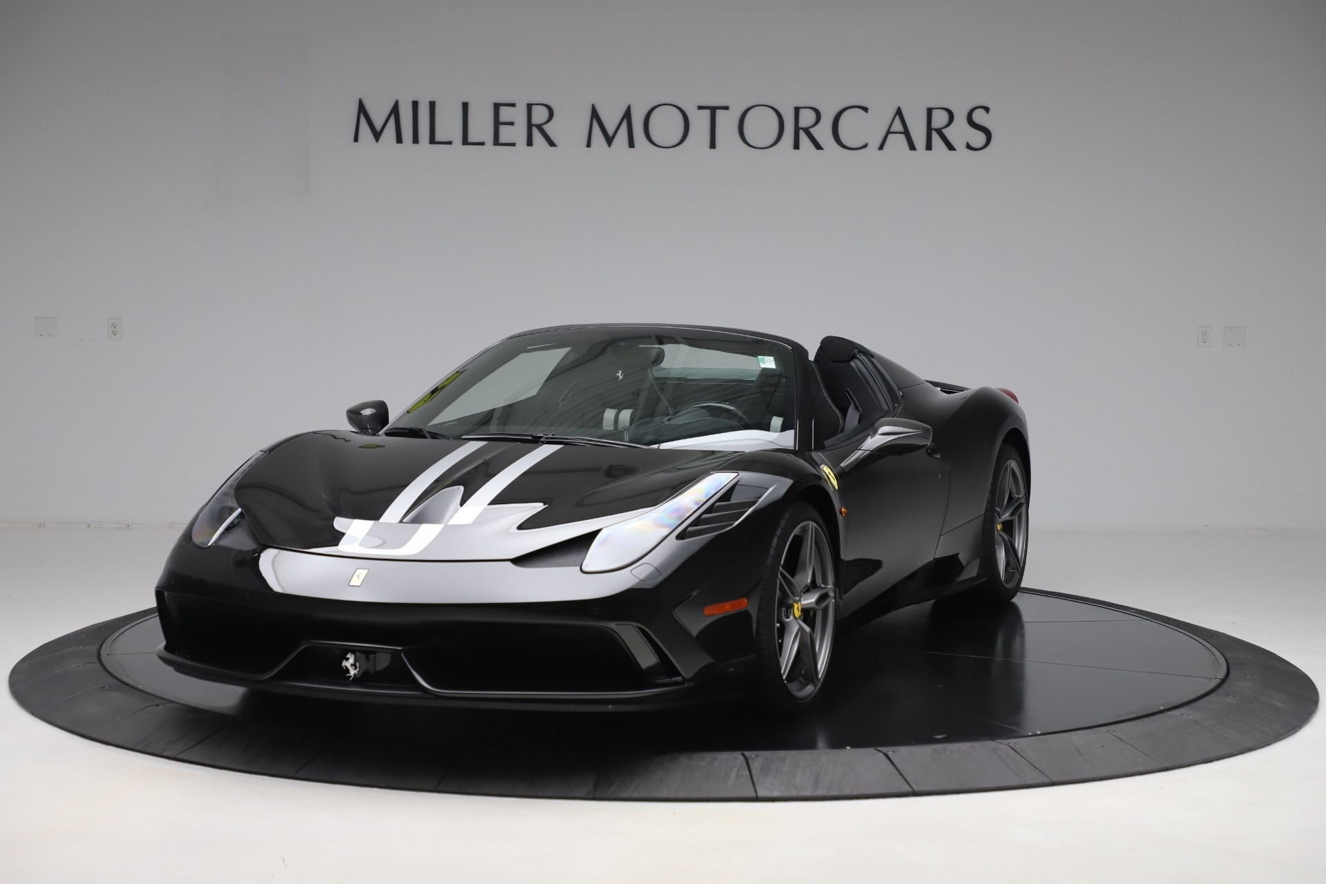 Used 2015 Ferrari 458 Speciale Aperta for sale $635,900 at Aston Martin of Greenwich in Greenwich CT 06830 1