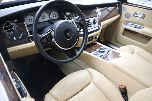 Used 2015 Rolls-Royce Ghost for sale $166,900 at Aston Martin of Greenwich in Greenwich CT 06830 16