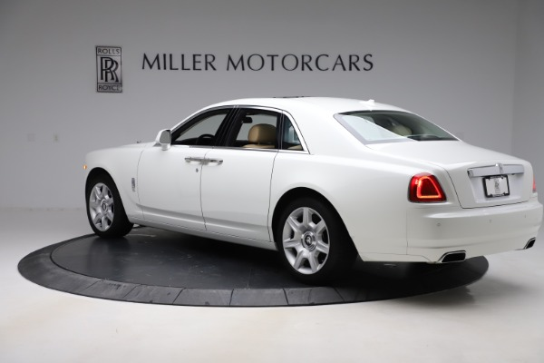 Used 2015 Rolls-Royce Ghost for sale $166,900 at Aston Martin of Greenwich in Greenwich CT 06830 5