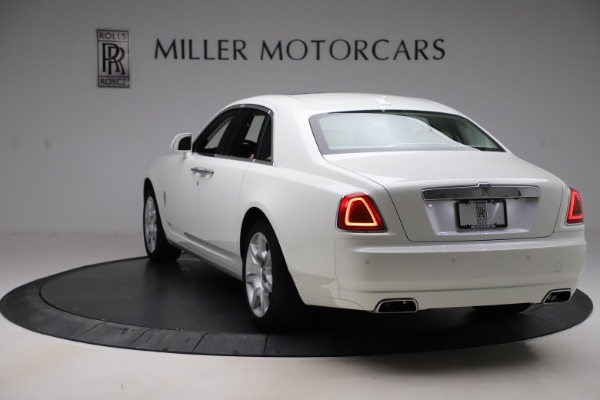 Used 2015 Rolls-Royce Ghost for sale $166,900 at Aston Martin of Greenwich in Greenwich CT 06830 6