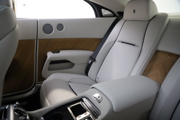 Used 2016 Rolls-Royce Wraith for sale Sold at Aston Martin of Greenwich in Greenwich CT 06830 11