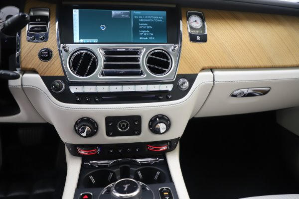 Used 2016 Rolls-Royce Wraith for sale Sold at Aston Martin of Greenwich in Greenwich CT 06830 18