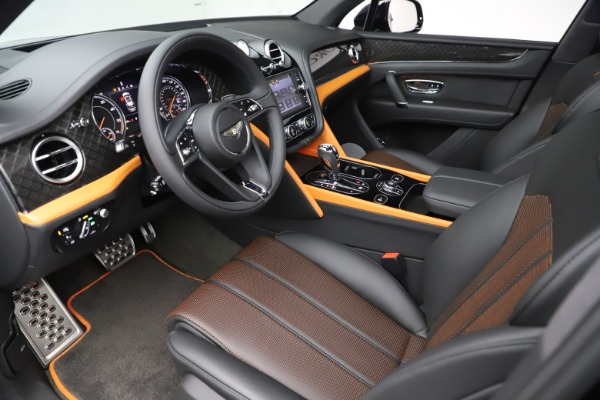 New 2020 Bentley Bentayga V8 Design Series for sale $216,860 at Aston Martin of Greenwich in Greenwich CT 06830 18