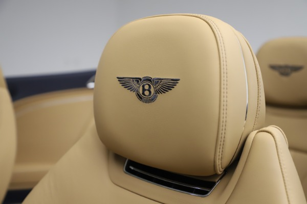 New 2020 Bentley Continental GTC V8 for sale $262,475 at Aston Martin of Greenwich in Greenwich CT 06830 27