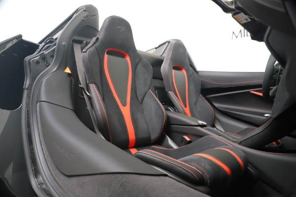 Used 2020 McLaren 720S Spider for sale $334,900 at Aston Martin of Greenwich in Greenwich CT 06830 28