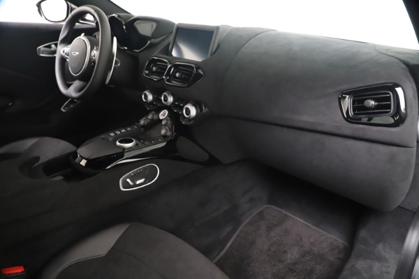 New 2020 Aston Martin Vantage Coupe for sale $166,366 at Aston Martin of Greenwich in Greenwich CT 06830 18