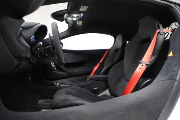 Used 2019 McLaren 600LT Coupe for sale $219,900 at Aston Martin of Greenwich in Greenwich CT 06830 17