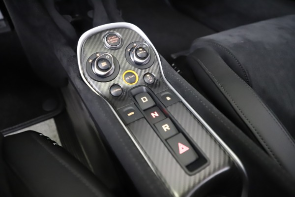 Used 2019 McLaren 600LT Coupe for sale $219,900 at Aston Martin of Greenwich in Greenwich CT 06830 21