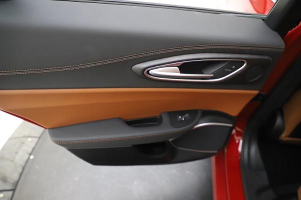 New 2019 Alfa Romeo Giulia Ti Lusso Q4 for sale Sold at Aston Martin of Greenwich in Greenwich CT 06830 21