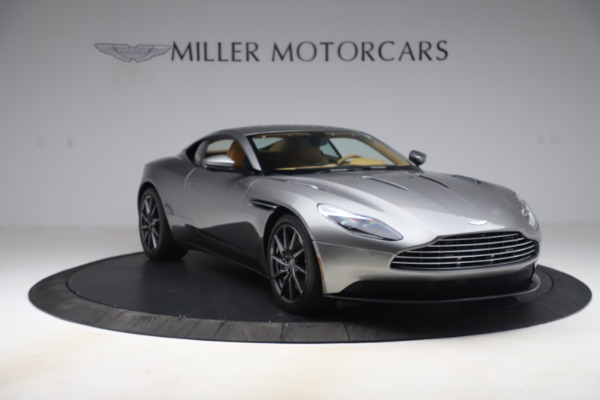 Used 2017 Aston Martin DB11 V12 Coupe for sale $149,990 at Aston Martin of Greenwich in Greenwich CT 06830 10
