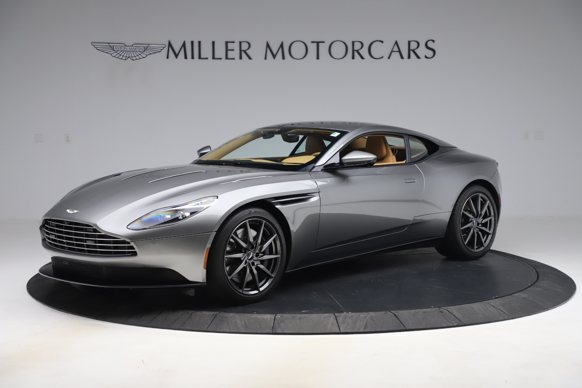 Used 2017 Aston Martin DB11 V12 Coupe for sale $149,990 at Aston Martin of Greenwich in Greenwich CT 06830 1