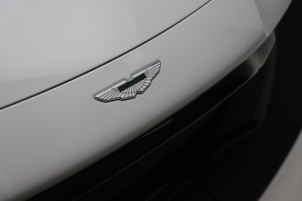New 2020 Aston Martin Vantage Coupe for sale $190,259 at Aston Martin of Greenwich in Greenwich CT 06830 27