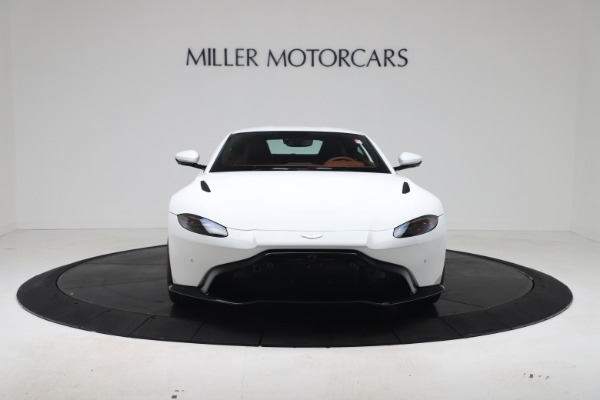 New 2020 Aston Martin Vantage Coupe for sale $190,259 at Aston Martin of Greenwich in Greenwich CT 06830 4