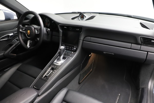 Used 2018 Porsche 911 Carrera 4S for sale $109,900 at Aston Martin of Greenwich in Greenwich CT 06830 18