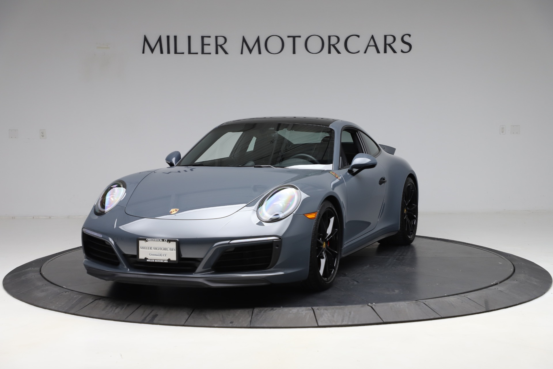 Used 2018 Porsche 911 Carrera 4S for sale $109,900 at Aston Martin of Greenwich in Greenwich CT 06830 1