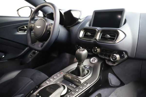 New 2020 Aston Martin Vantage AMR Coupe for sale $191,181 at Aston Martin of Greenwich in Greenwich CT 06830 16