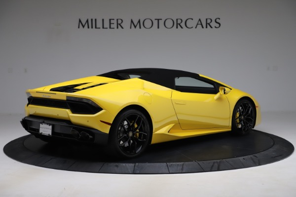 Used 2018 Lamborghini Huracan LP 580-2 Spyder for sale $203,900 at Aston Martin of Greenwich in Greenwich CT 06830 15
