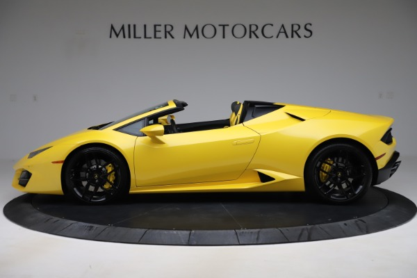 Used 2018 Lamborghini Huracan LP 580-2 Spyder for sale $203,900 at Aston Martin of Greenwich in Greenwich CT 06830 3