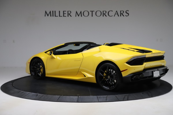 Used 2018 Lamborghini Huracan LP 580-2 Spyder for sale $203,900 at Aston Martin of Greenwich in Greenwich CT 06830 4