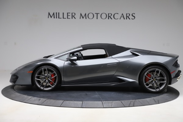 Used 2018 Lamborghini Huracan LP 580-2 Spyder for sale Sold at Aston Martin of Greenwich in Greenwich CT 06830 14