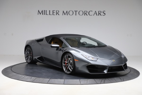 Used 2018 Lamborghini Huracan LP 580-2 Spyder for sale Sold at Aston Martin of Greenwich in Greenwich CT 06830 16