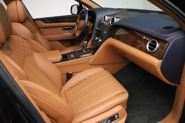 Used 2017 Bentley Bentayga W12 for sale $135,900 at Aston Martin of Greenwich in Greenwich CT 06830 26