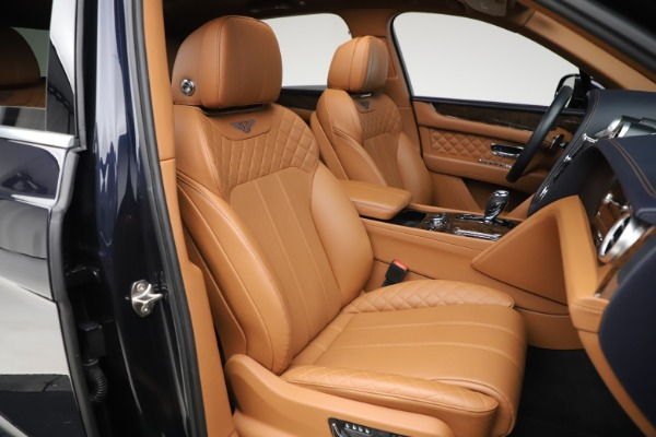 Used 2017 Bentley Bentayga W12 for sale $135,900 at Aston Martin of Greenwich in Greenwich CT 06830 28
