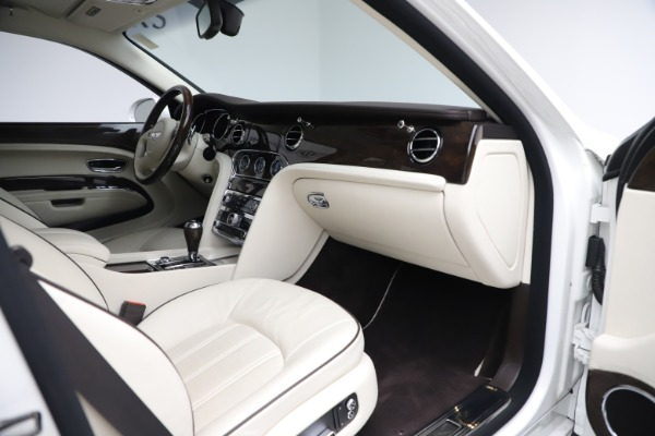 Used 2016 Bentley Mulsanne for sale $145,900 at Aston Martin of Greenwich in Greenwich CT 06830 26