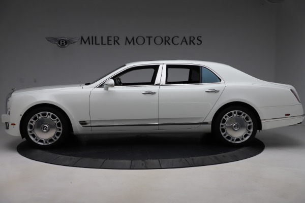 Used 2016 Bentley Mulsanne for sale $145,900 at Aston Martin of Greenwich in Greenwich CT 06830 3