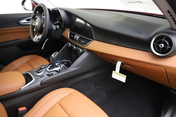 New 2020 Alfa Romeo Giulia Q4 for sale $45,740 at Aston Martin of Greenwich in Greenwich CT 06830 22