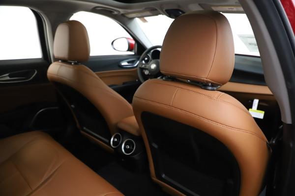 New 2020 Alfa Romeo Giulia Q4 for sale $45,740 at Aston Martin of Greenwich in Greenwich CT 06830 28