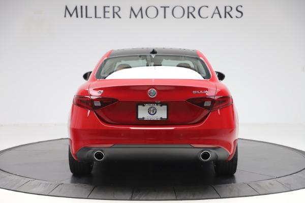 New 2020 Alfa Romeo Giulia Q4 for sale $45,740 at Aston Martin of Greenwich in Greenwich CT 06830 6