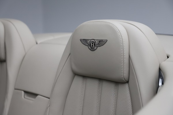 Used 2015 Bentley Continental GTC V8 for sale Sold at Aston Martin of Greenwich in Greenwich CT 06830 27