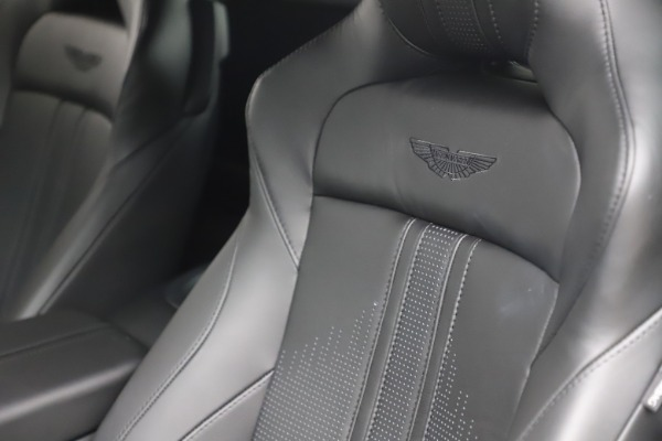 New 2020 Aston Martin Vantage Coupe for sale $184,787 at Aston Martin of Greenwich in Greenwich CT 06830 16