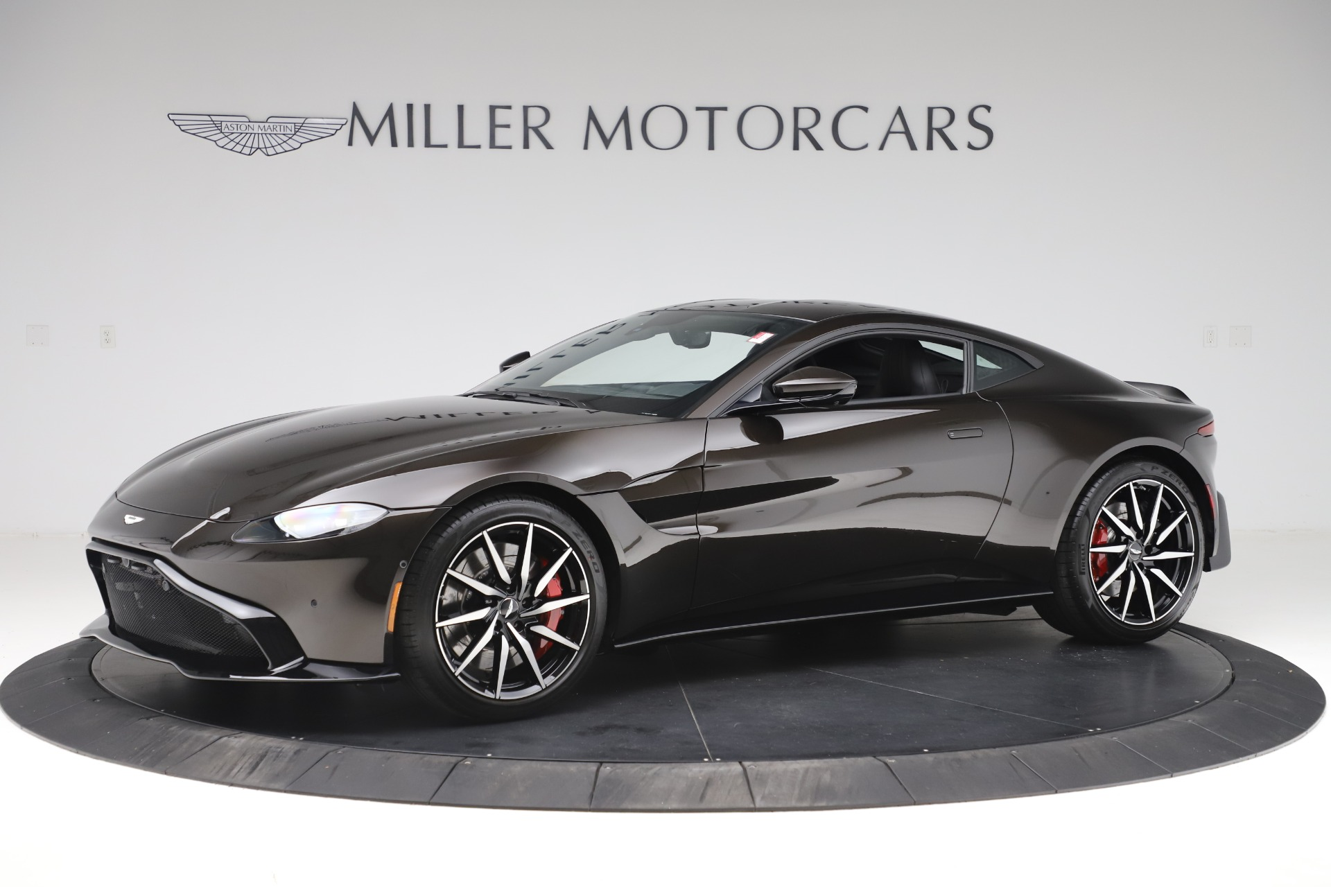 New 2020 Aston Martin Vantage for sale $184,787 at Aston Martin of Greenwich in Greenwich CT 06830 1