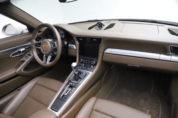 Used 2018 Porsche 911 Targa 4S for sale Sold at Aston Martin of Greenwich in Greenwich CT 06830 22