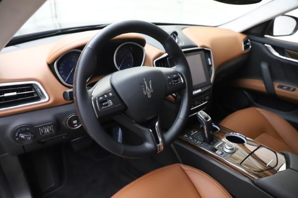 New 2020 Maserati Ghibli S Q4 GranLusso for sale $89,535 at Aston Martin of Greenwich in Greenwich CT 06830 13