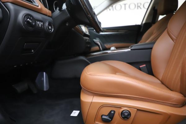 New 2020 Maserati Ghibli S Q4 GranLusso for sale $89,535 at Aston Martin of Greenwich in Greenwich CT 06830 14